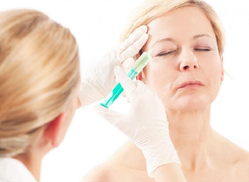 Рекомендации по уходу за сухой кожей после 45